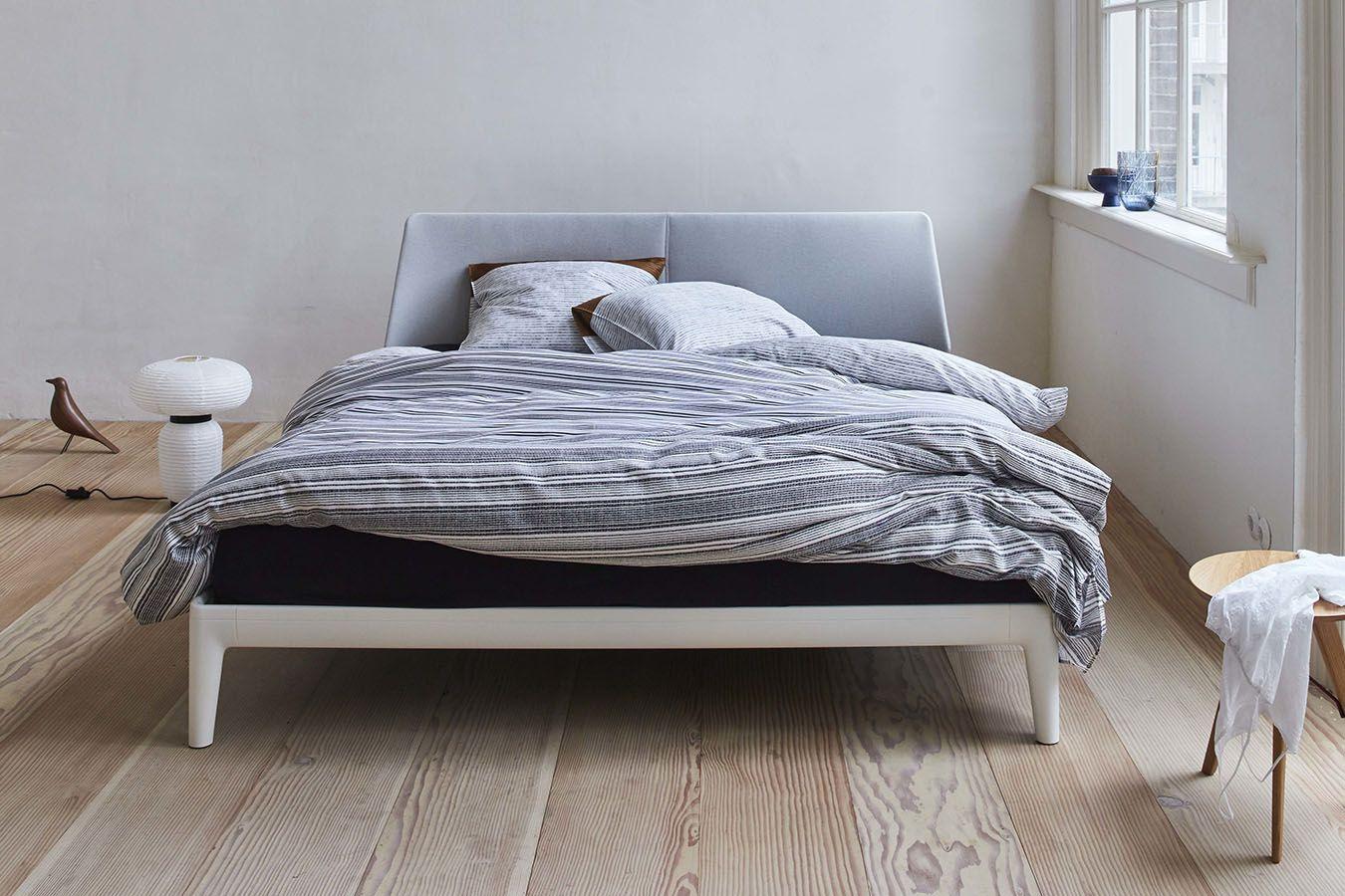 Tweepersoonsbed Compleet Met Matras.Auping Essential Bed