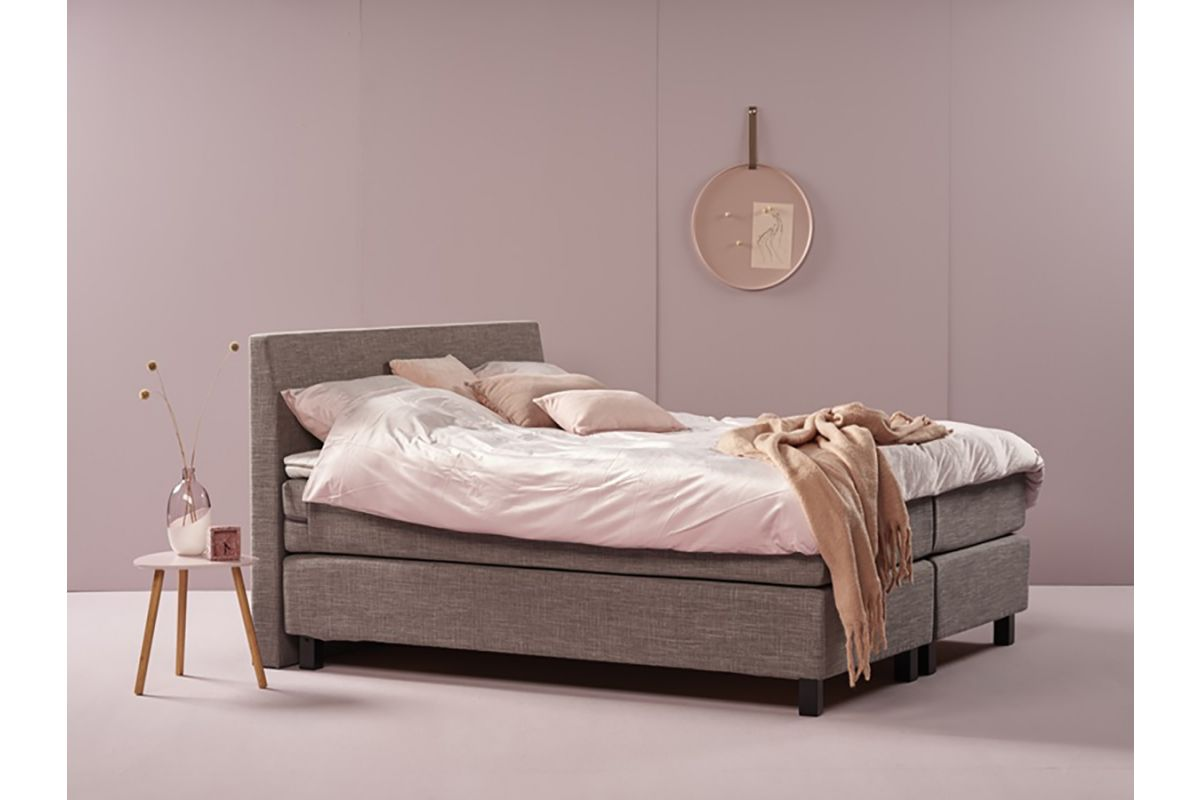 Eastborn Plain Boxspring