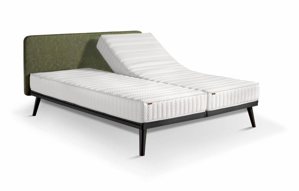 Avek Stiel Board Bed